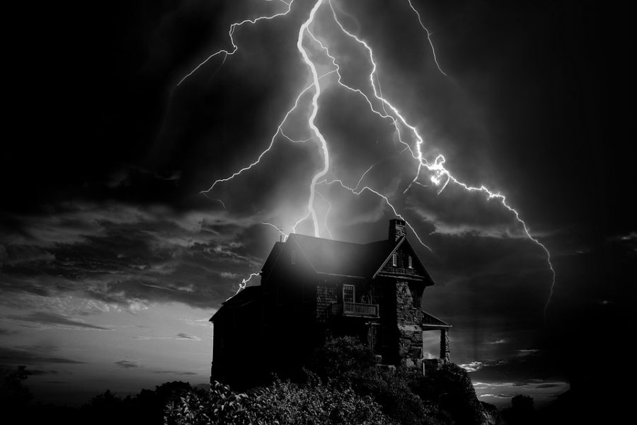 Photo courtesy of http://maxpixel.freegreatpicture.com/Solitary-Home-Thunderstorm-Flash-Storm-Weather-2610774 under Creative Commons License