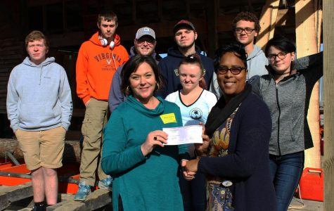 FCHS Carpentry Receives $2,500 from AGCVA