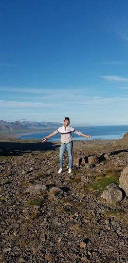 Scales+on+the+rocks+at+the+beach+in+Iceland.+Photo+courtesy+of+Runa+Scales.