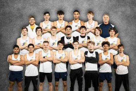 The 2021 Boys Indoor Track team. Photo courtesy of Fluvannaphotos.com